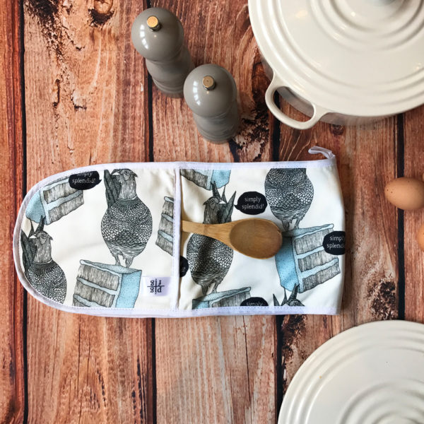 Pheasant & Blue Cake Oven Glove